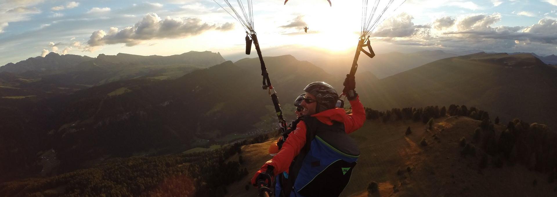 Flight paragliding tandem Dolomites