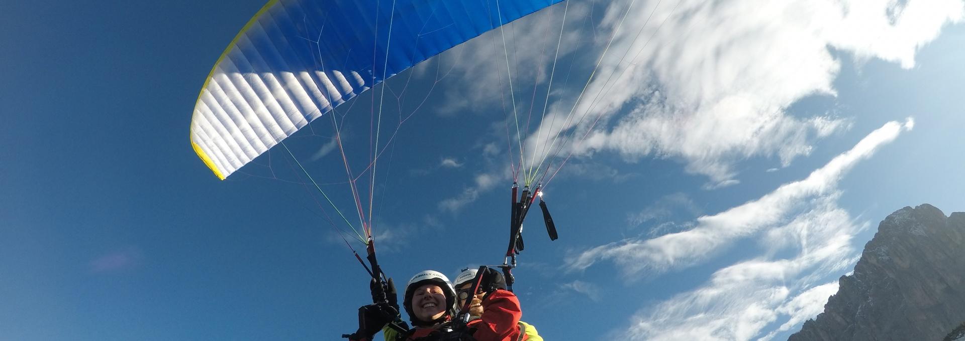 Paragliding over Selva Val Gardena