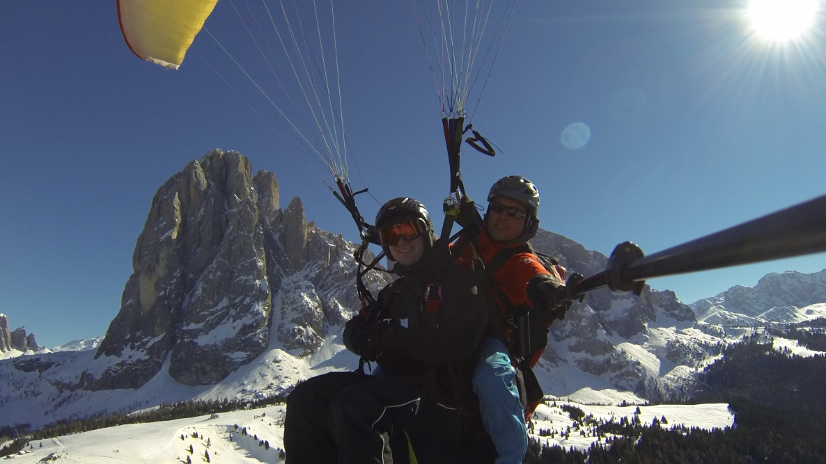 Paragliding in Val Gardena with Gardenafly