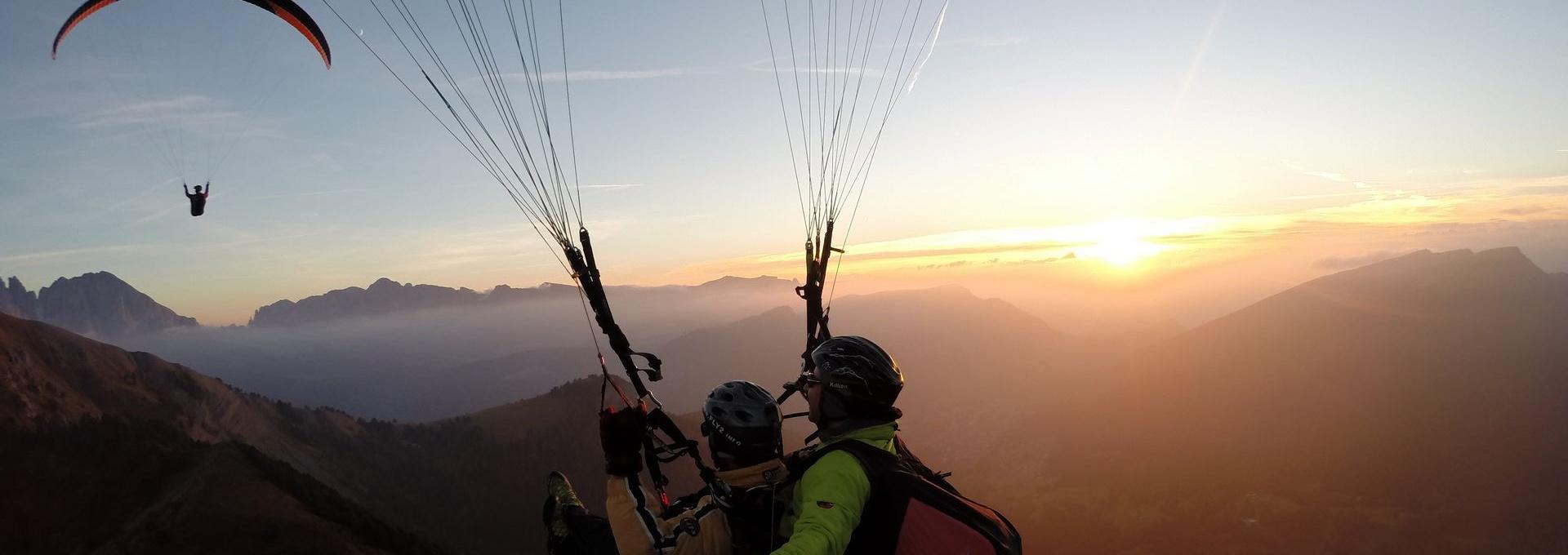 Paragliding emotion - Val Gardena