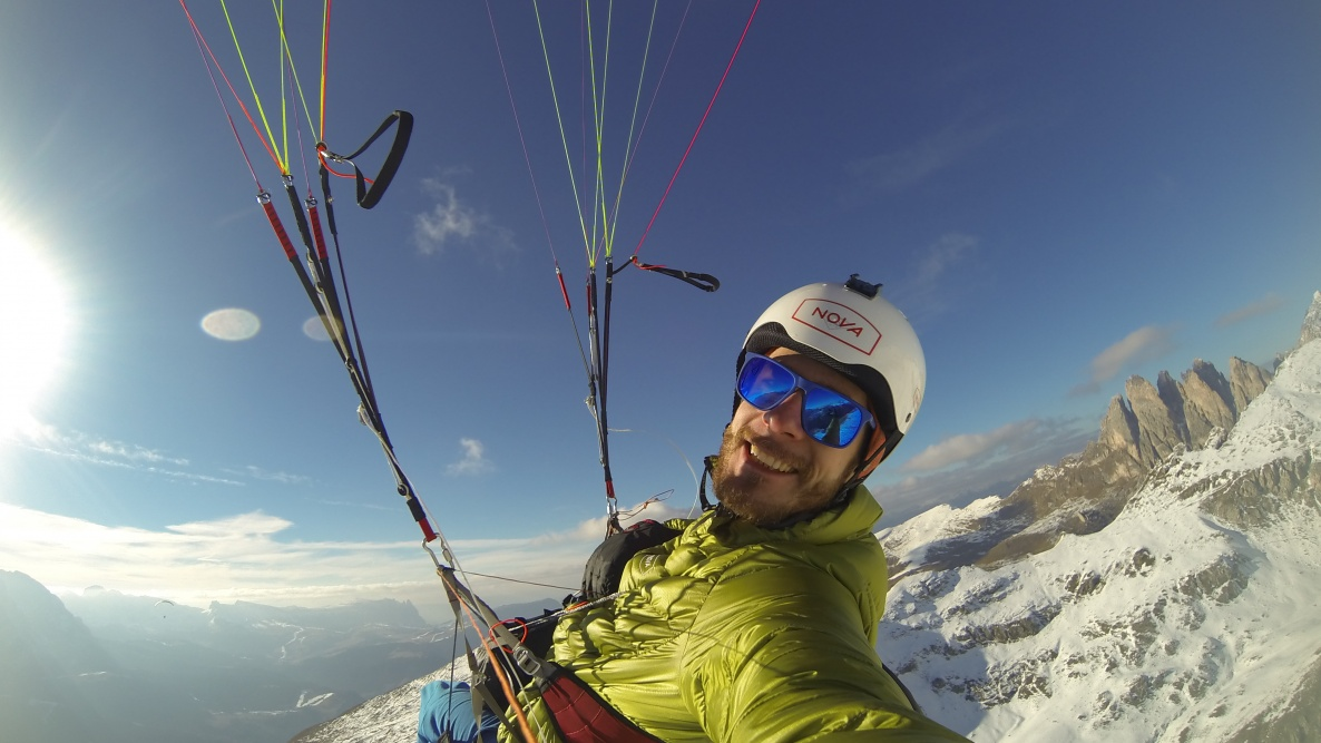 have fun - paragliding Dolomites