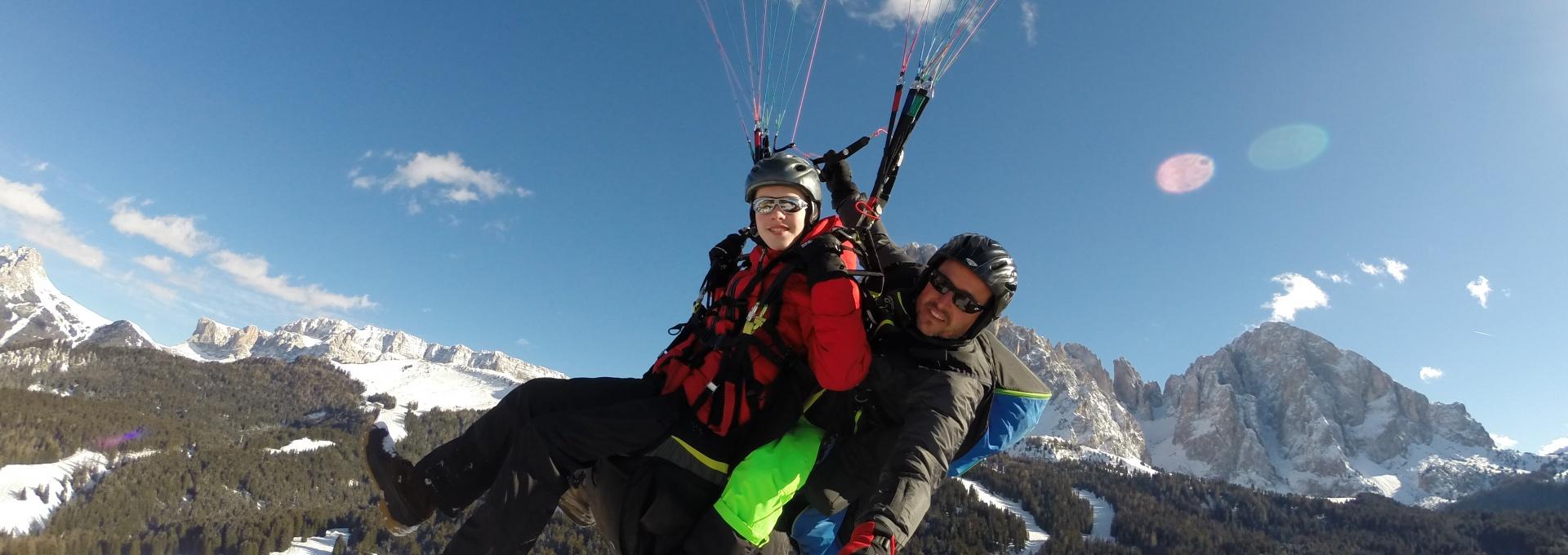 Gleitschirmfliegen auf Monte Pana Gröden