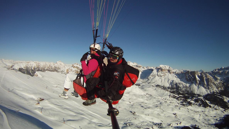 Gleitschirm Tandemflüge Südtirol - Gleitschirmfliegen in Gröden auf der Seceda