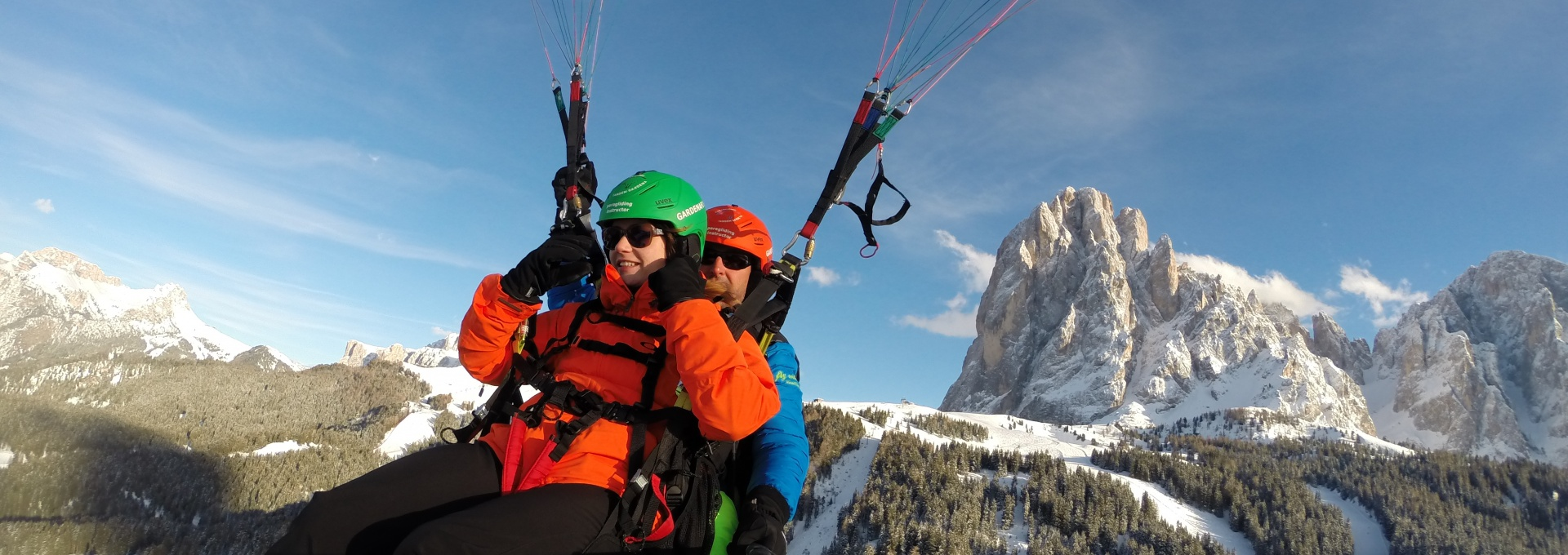 Tandem flights in Winter Dolomites