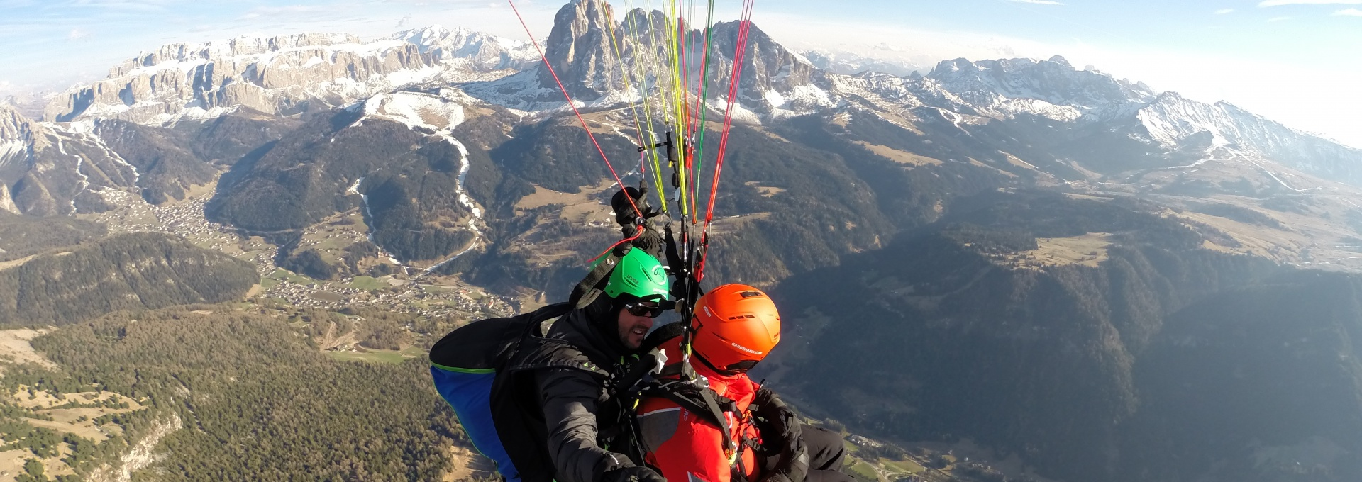 Paragliding in the Dolomites - Val Gardena
